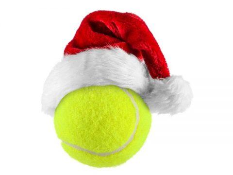 Tennisbold med nissehue